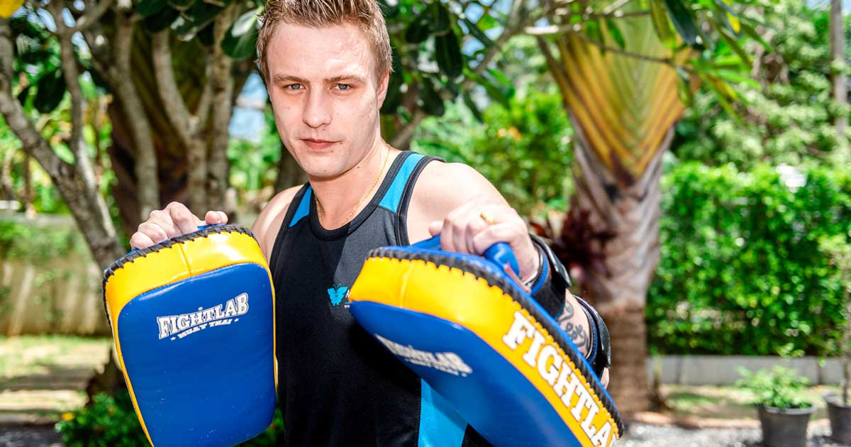 beginner-thai-boxing-class